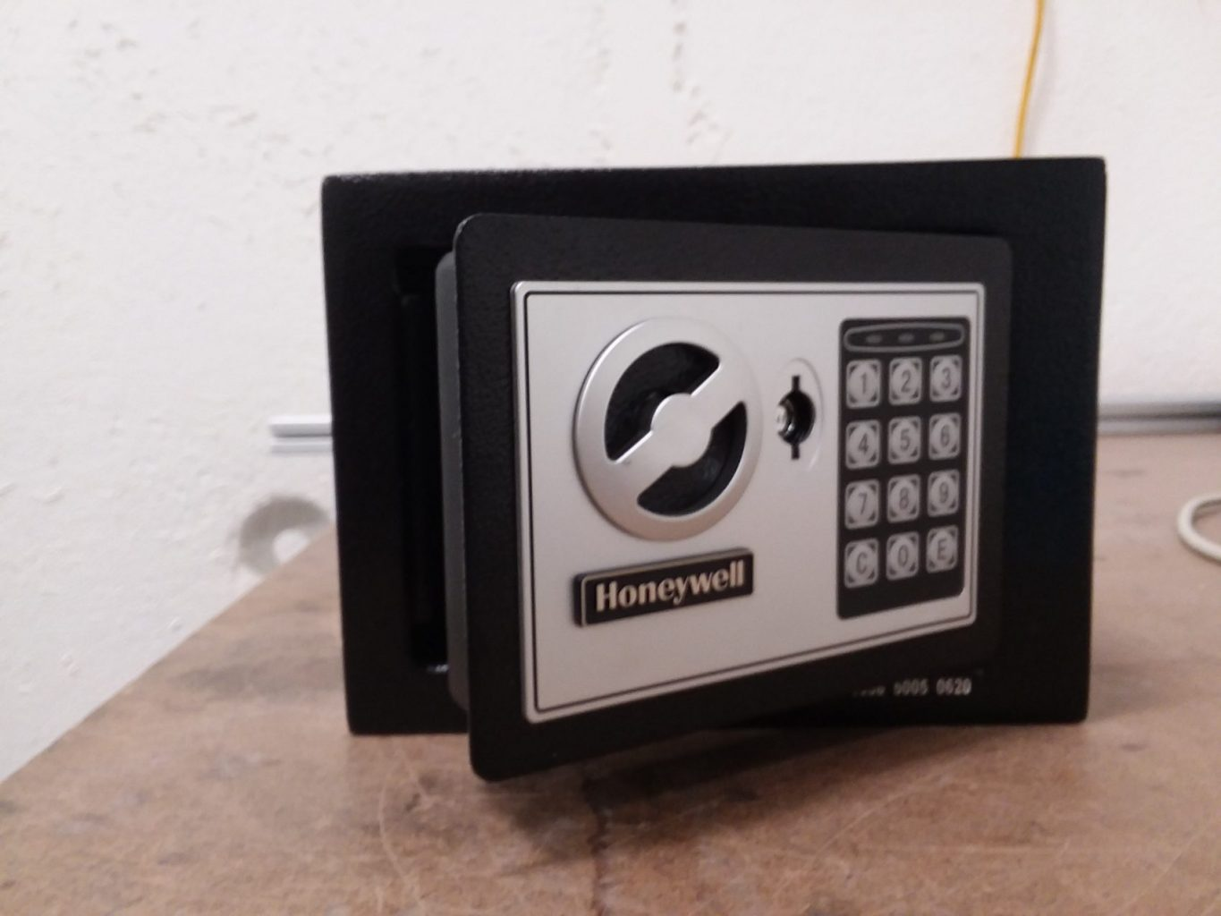 A Honeywell safe used to test neutron and X-ray imaging